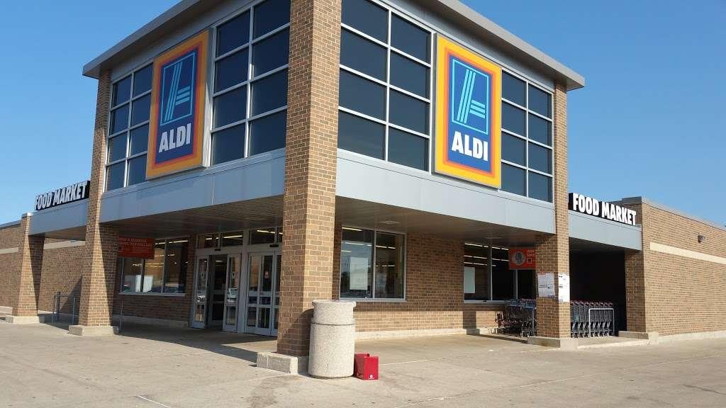 ALDI - supermarket    Photo 5 of 9   Address: 2540 Sycamore Rd, DeKalb, IL 60115, USA   Phone: (855) 955-2534