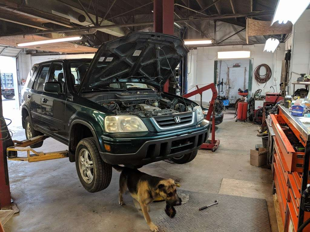 BA Auto Works - car repair  | Photo 3 of 10 | Address: 3557 Baltimore Pike, Littlestown, PA 17340, USA | Phone: (717) 778-7888