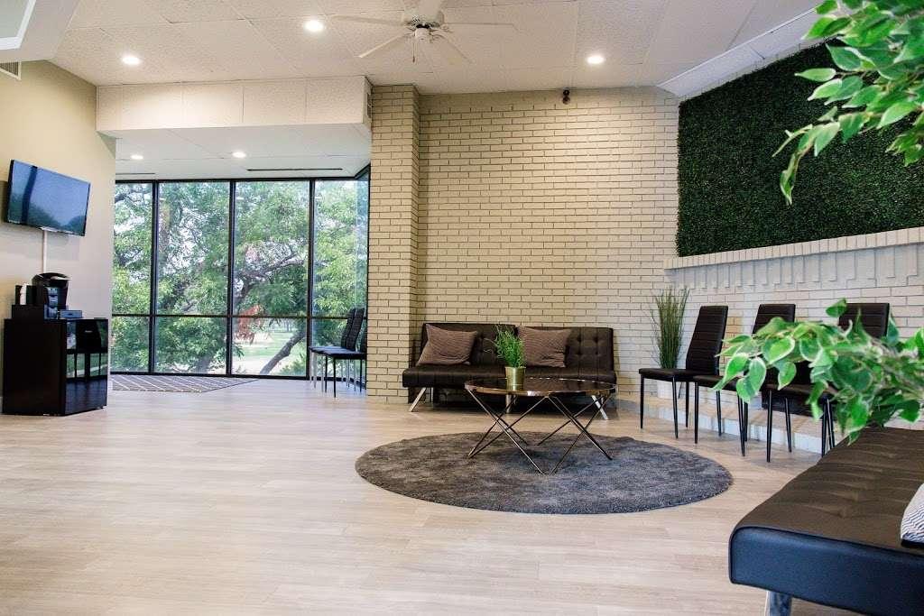 Royal Lane Dental Center - dentist  | Photo 4 of 8 | Address: 8499 Greenville Ave #210, Dallas, TX 75231, USA | Phone: (469) 904-2080