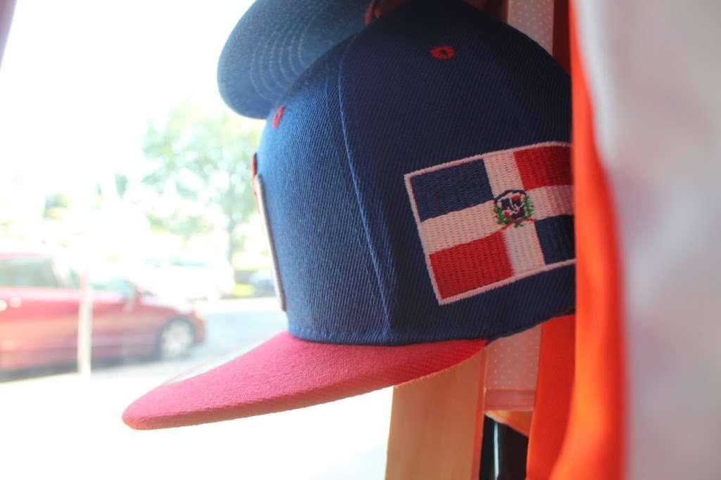 J&J Sport Pro - clothing store  | Photo 9 of 10 | Address: 7515 Myrtle Ave, Glendale, NY 11385, USA | Phone: (718) 821-1948