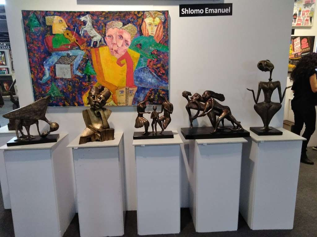 Art New York - art gallery  | Photo 8 of 10 | Address: Pier 94, 711 12th Avenue, New York, NY 10019, USA | Phone: (800) 376-5850