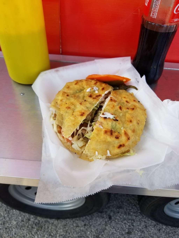 Tortas el TIGRE - restaurant    Photo 1 of 10   Address: 10501 Telephone Rd, Houston, TX 77075, USA   Phone: (832) 353-0594