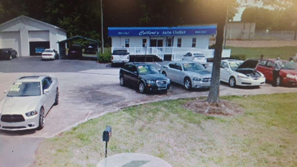 Colberts Auto Outlet Car Dealership - car dealer  | Photo 1 of 2 | Address: 2759 US-70, Hickory, NC 28602, USA | Phone: (828) 304-1262
