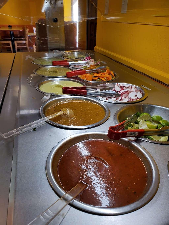 Salsitas Mexican Food - restaurant  | Photo 9 of 10 | Address: 10328 W Indian School Rd, Phoenix, AZ 85037, USA | Phone: (623) 872-5328