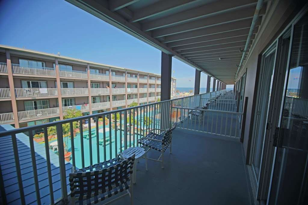 Flagship Oceanfront Hotel - lodging  | Photo 1 of 10 | Address: 2600 N Baltimore Ave, Ocean City, MD 21842, USA | Phone: (800) 837-3585