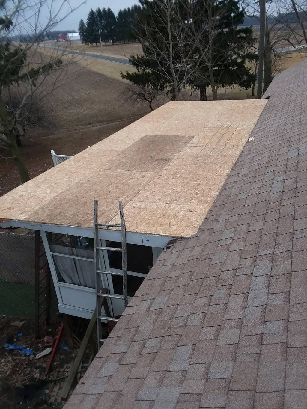 Buckeye Building & Home Improvement LLC - roofing contractor    Photo 4 of 10   Address: 1560 W. Laskey Rd. Front, Toledo, OH 43612, USA   Phone: (419) 514-3902