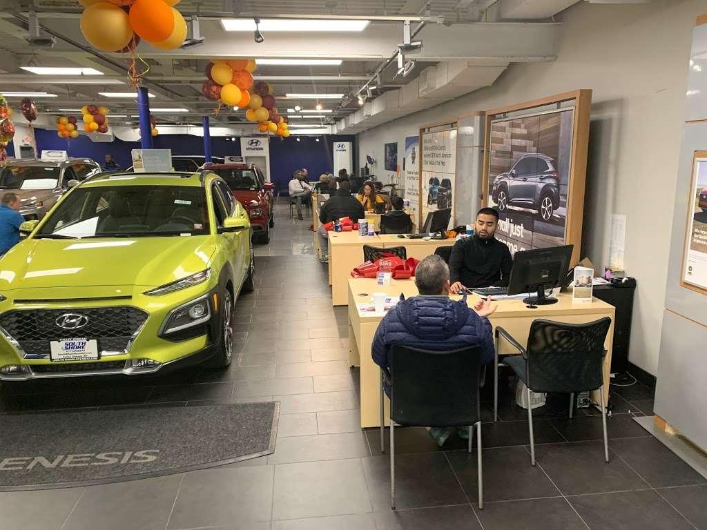 South Shore Hyundai - car dealer  | Photo 7 of 9 | Address: 360 West Sunrise Hwy, Valley Stream, NY 11581, USA | Phone: (516) 561-8770