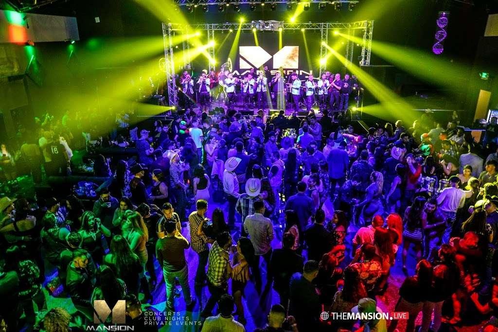 The Mansion Nightclub - night club    Photo 6 of 10   Address: 3801 W Lake St, Stone Park, IL 60165, USA   Phone: (708) 223-8605