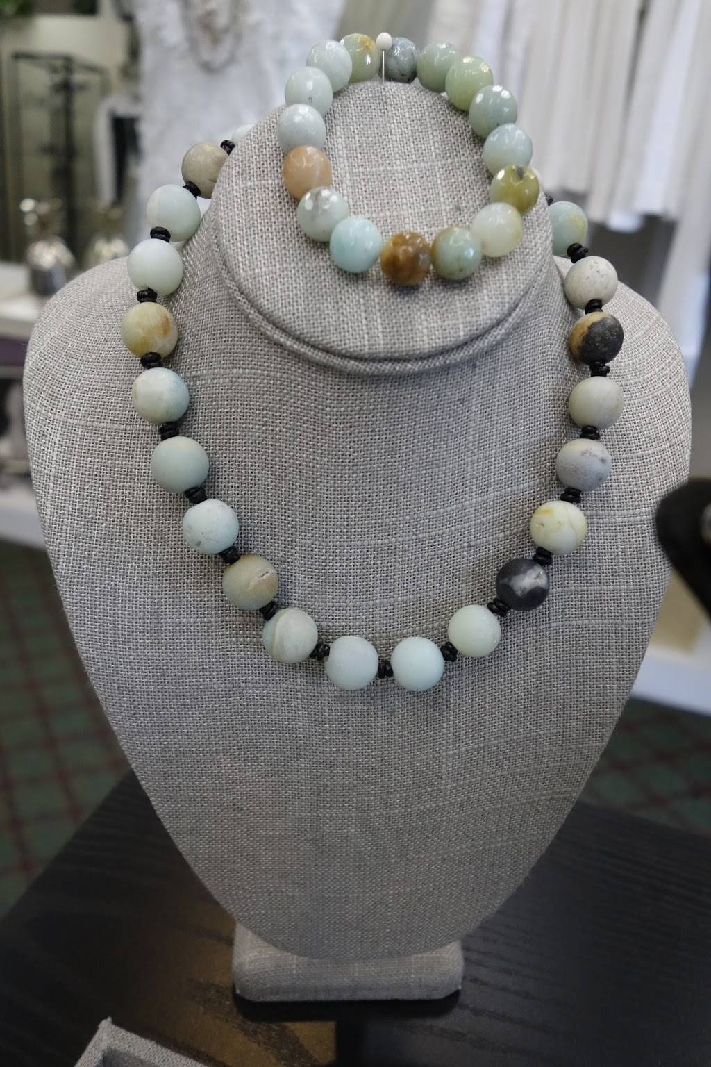 Perfect Fit Design & Alterations - clothing store  | Photo 1 of 8 | Address: 924 Huntington Dr, San Marino, CA 91108, USA | Phone: (626) 300-0074