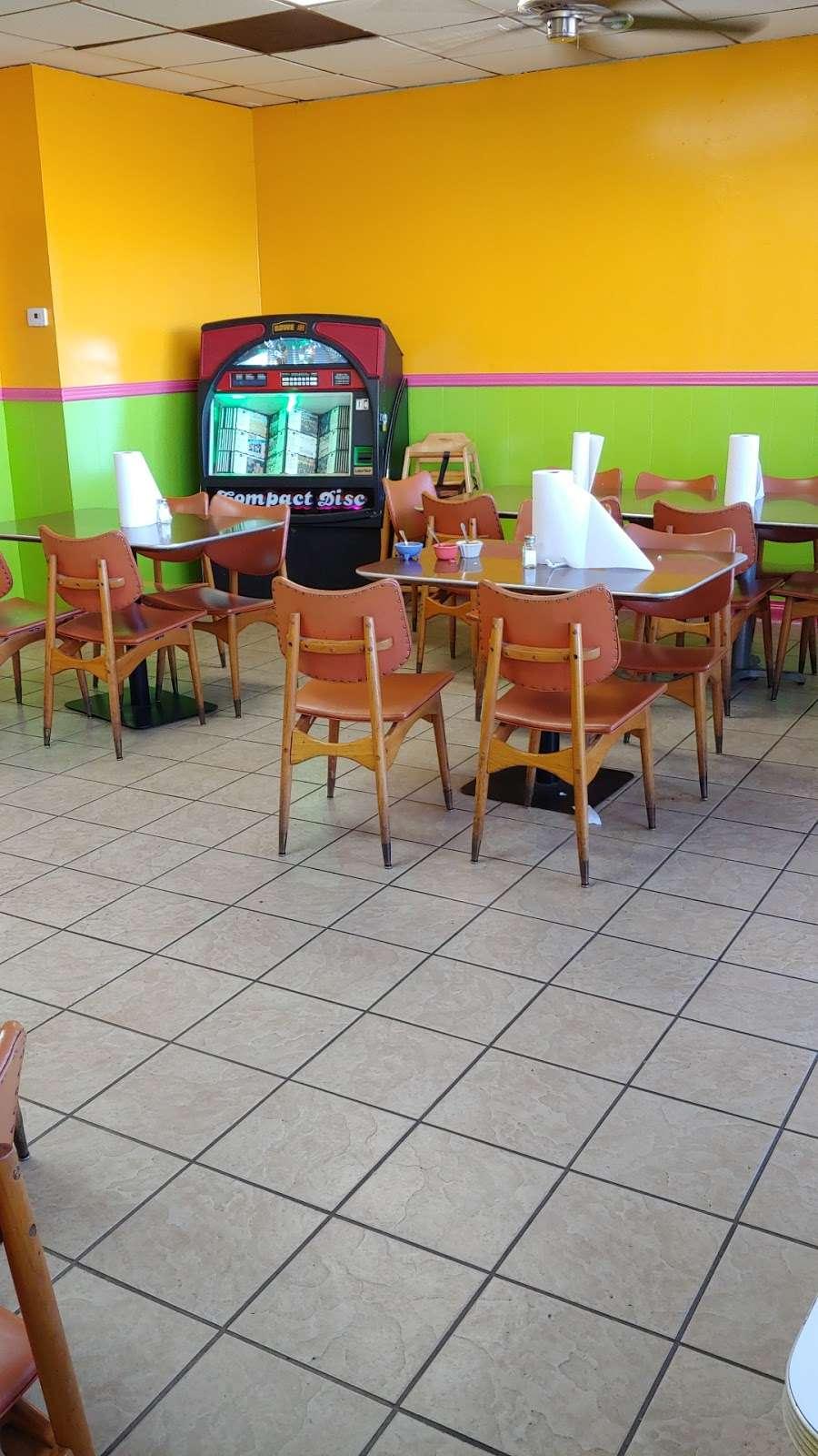 Restaurant Caminos De Michoacan - restaurant  | Photo 4 of 10 | Address: 716 Murphy Rd, Stafford, TX 77477, USA | Phone: (832) 539-6441