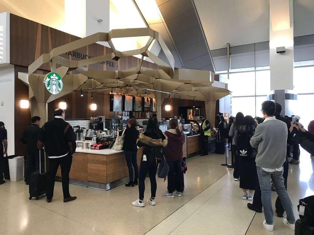 Starbucks - cafe  | Photo 6 of 9 | Address: 1 World Way, Los Angeles, CA 90045, USA | Phone: (800) 782-7282