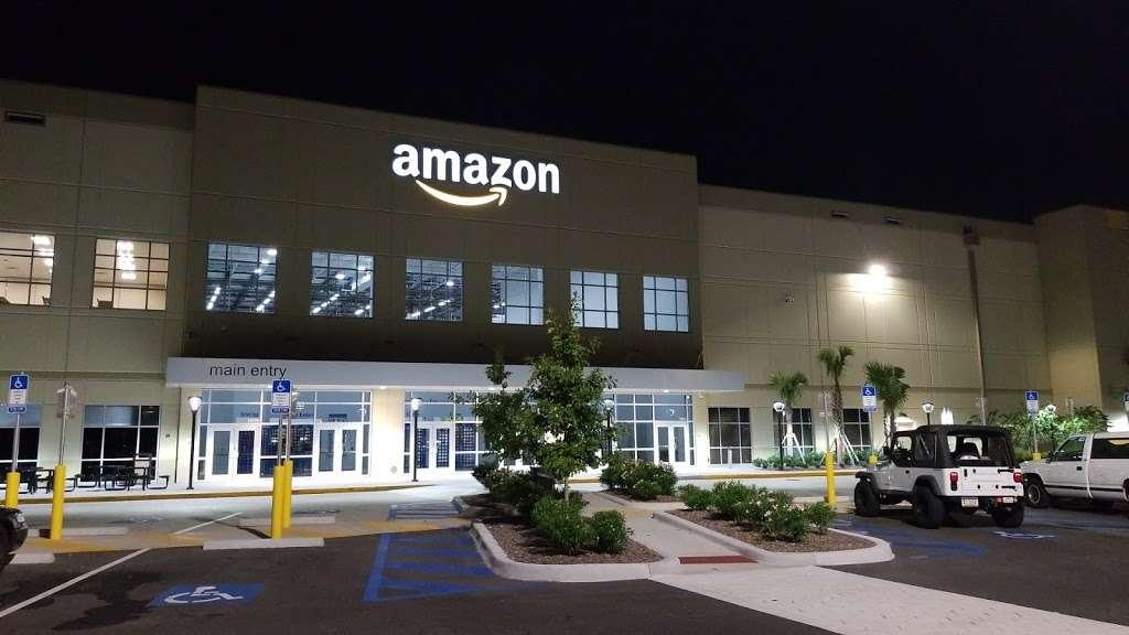 Amazon MCO1 - storage  | Photo 9 of 10 | Address: 12340 Boggy Creek Rd, Orlando, FL 32824, USA