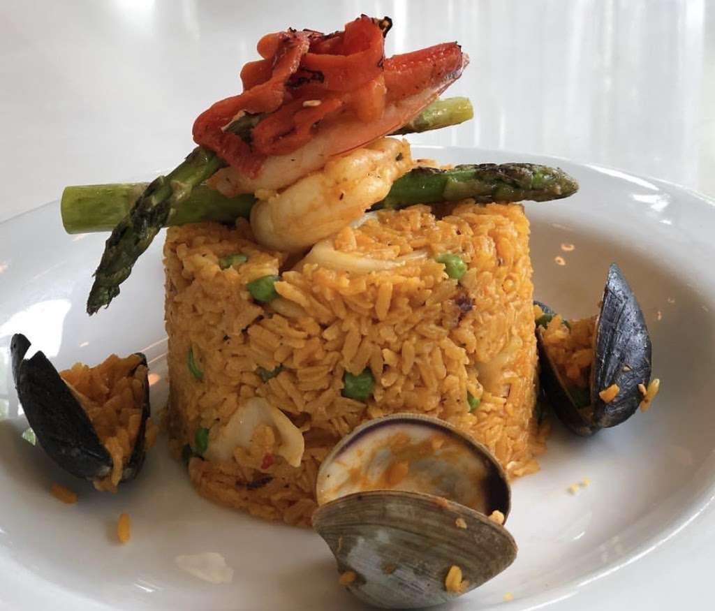 Sofrito - restaurant  | Photo 7 of 10 | Address: 679 Riverside Dr, New York, NY 10031, USA | Phone: (212) 754-5999