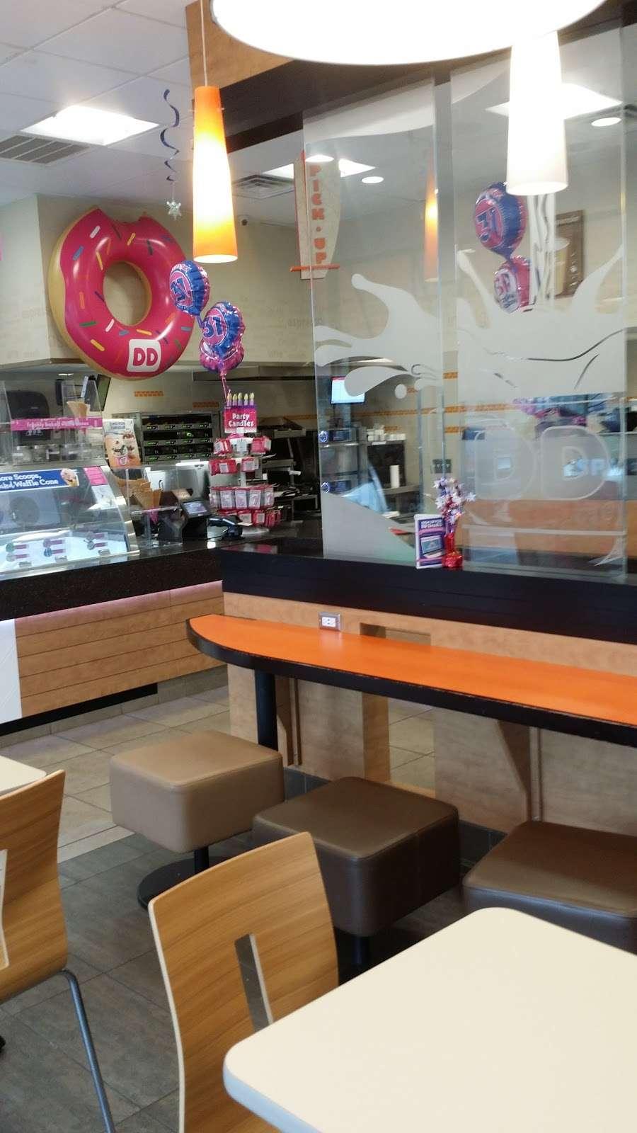 Dunkin Donuts - cafe  | Photo 9 of 10 | Address: 699 Avalon Drive, Wood-Ridge, NJ 07075, USA | Phone: (201) 203-1866