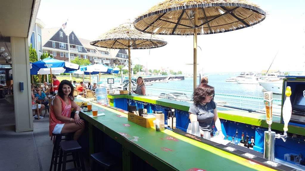 Freddies Friki Tiki - restaurant  | Photo 1 of 1 | Address: 207 Gas Light Cir, Racine, WI 53403, USA | Phone: (262) 635-0533
