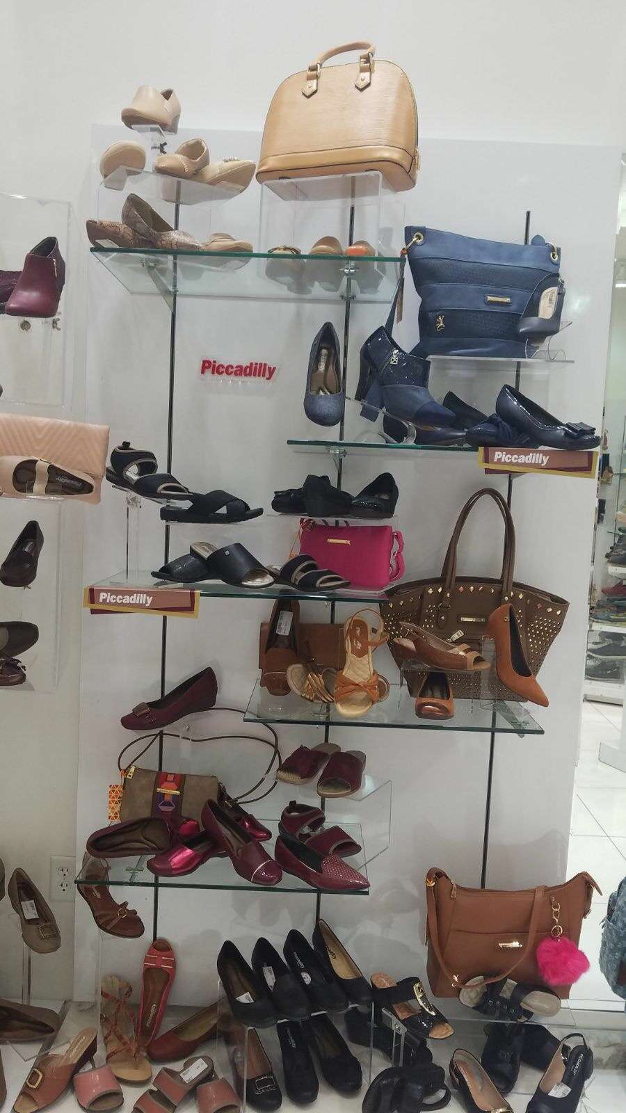 ISHOES STORE AT WESTLAND MALL, PICCADILLY AND BEIRA RIO SHOES - shoe store  | Photo 3 of 10 | Address: 1675 W 49th St, Hialeah, FL 33012, USA | Phone: (305) 819-2996
