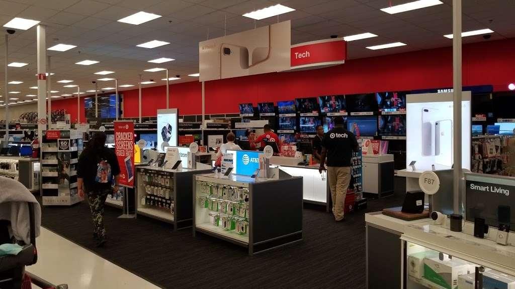 Target - department store    Photo 3 of 10   Address: 3535 S La Cienega Blvd, Los Angeles, CA 90016, USA   Phone: (310) 895-1131