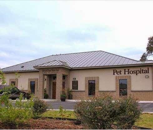 S&S Family Pet Hospital - veterinary care  | Photo 3 of 10 | Address: 15714 Huebner Rd, San Antonio, TX 78248, USA | Phone: (210) 579-0518