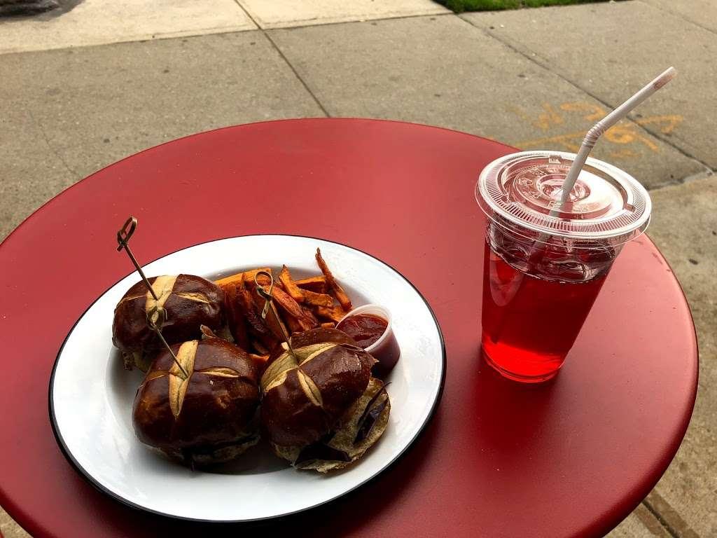 Greedi Vegan - restaurant  | Photo 4 of 10 | Address: Fl STORE, 1031 Bergen St, Brooklyn, NY 11216, USA | Phone: (347) 627-7900