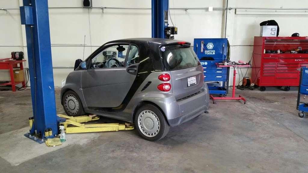 BM European Car Service - car repair  | Photo 4 of 10 | Address: 17120 S Figueroa St, Gardena, CA 90248, USA | Phone: (310) 324-4004