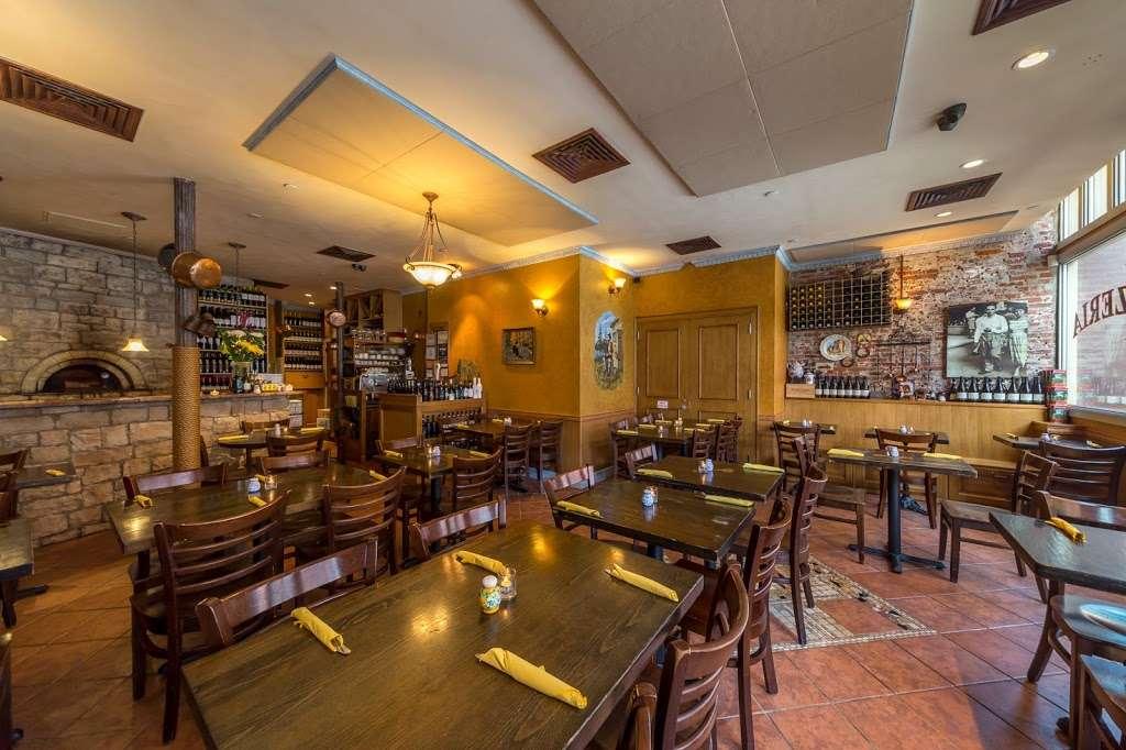 Il Brigante - restaurant  | Photo 1 of 10 | Address: 214 Front St, New York, NY 10038, USA | Phone: (212) 285-0222