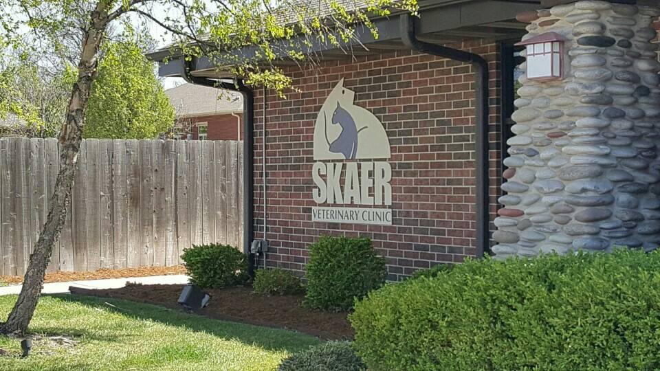 Skaer Veterinary Clinic - veterinary care  | Photo 4 of 10 | Address: 404 S Edgemoor St #100, Wichita, KS 67218, USA | Phone: (316) 683-4641