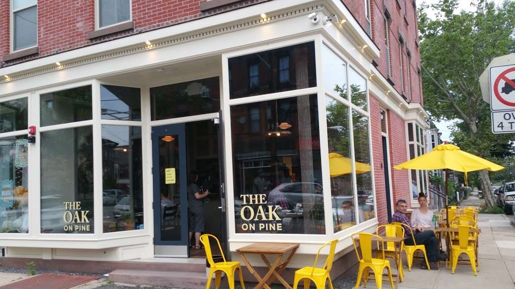 The OAK on Pine - restaurant  | Photo 3 of 10 | Address: 196 Pine St, Jersey City, NJ 07304, USA | Phone: (201) 432-2304