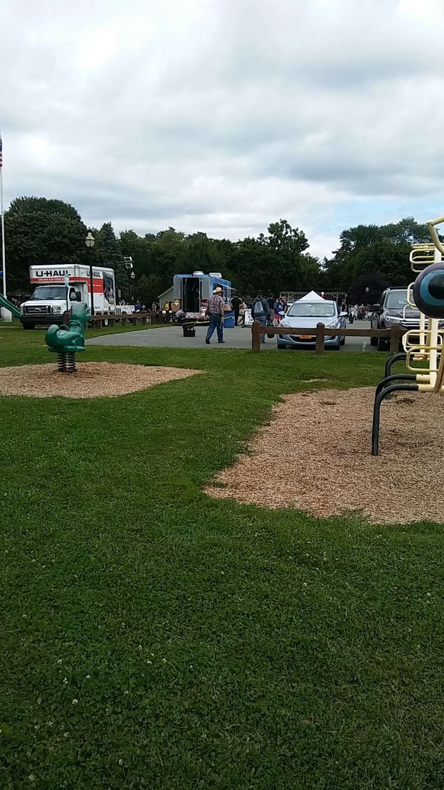 Montgomery Senior Center - park  | Photo 8 of 10 | Address: 36 Bridge St, Montgomery, NY 12549, USA