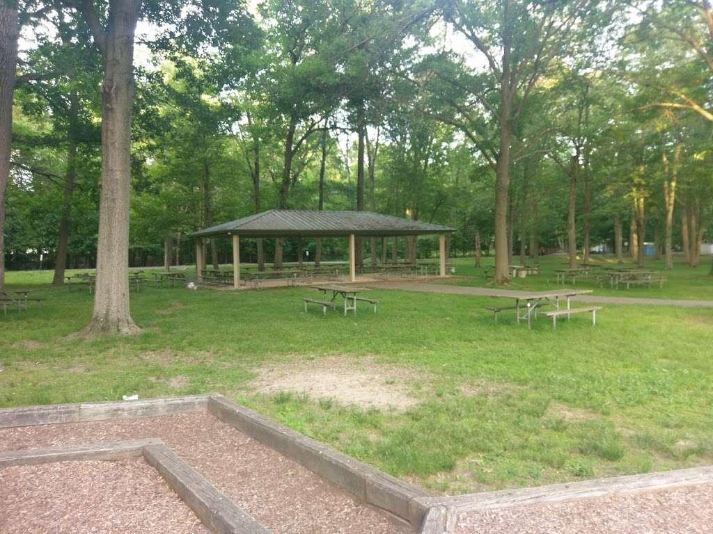 Wood Dale County Park - park    Photo 1 of 10   Address: 100 Prospect Ave, Woodcliff Lake, NJ 07677, USA   Phone: (201) 336-7275