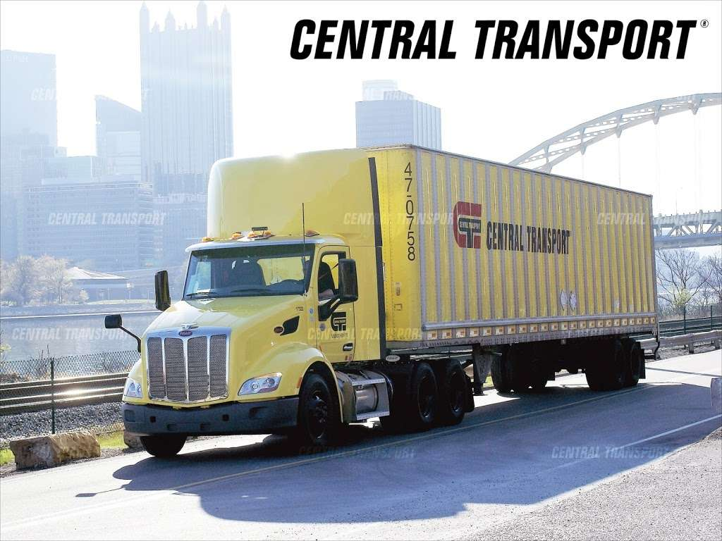 Central Transport - moving company  | Photo 3 of 7 | Address: 271 Norman Ave, Brooklyn, NY 11222, USA | Phone: (586) 467-1900