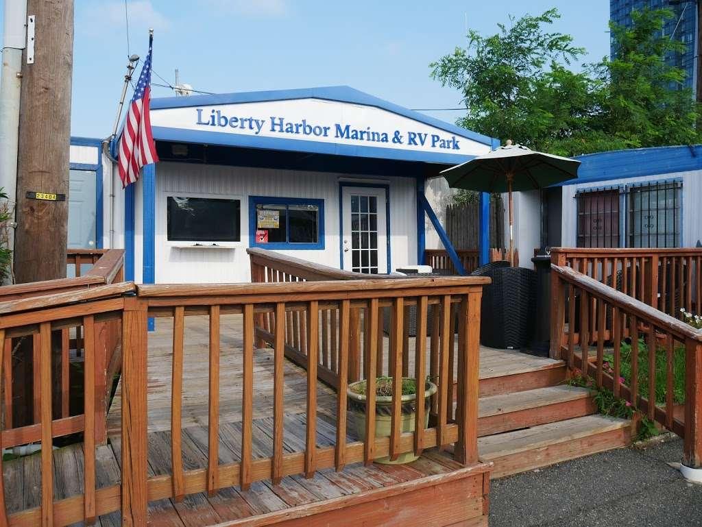 Liberty Harbor RV Park - rv park  | Photo 1 of 10 | Address: 11 Marin Blvd, Jersey City, NJ 07302, USA | Phone: (201) 516-7500