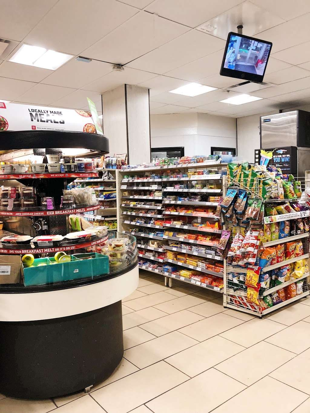7-Eleven - convenience store  | Photo 2 of 10 | Address: 170 Avenue A, New York, NY 10009, USA | Phone: (212) 673-6489