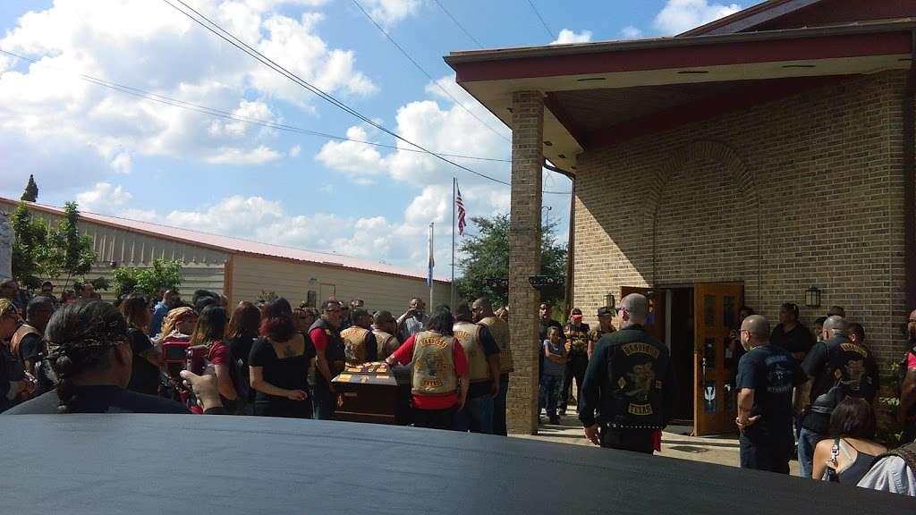 El Carmen Church - church  | Photo 3 of 9 | Address: 18555 Leal Rd, San Antonio, TX 78221, USA | Phone: (210) 626-2333