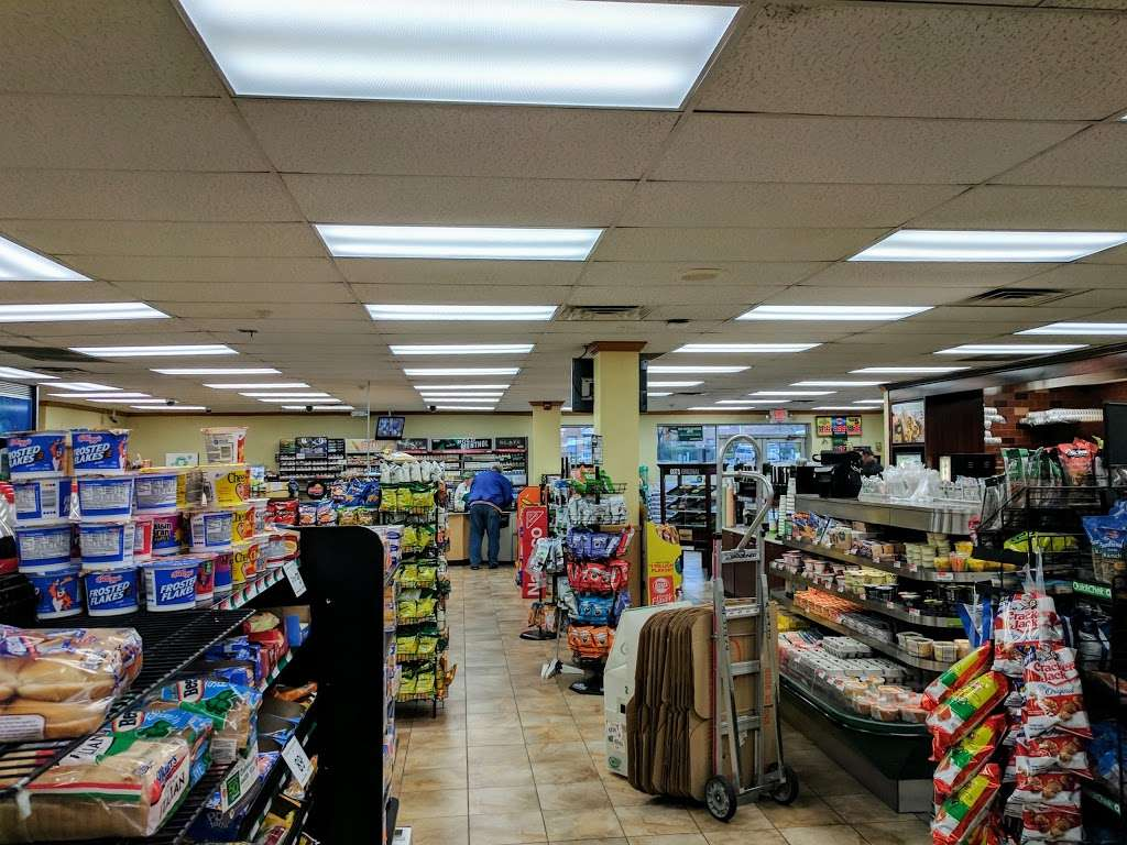 QuickChek - convenience store  | Photo 2 of 5 | Address: 853 Convery Blvd, Perth Amboy, NJ 08861, USA | Phone: (732) 826-9627
