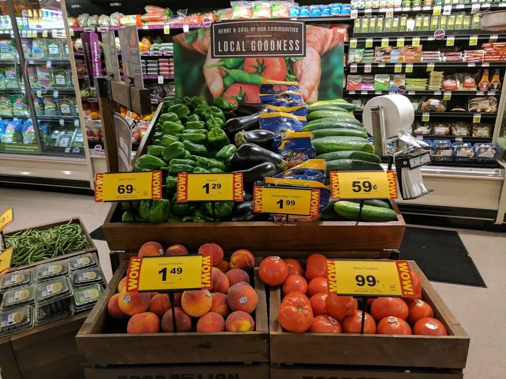 Food Lion - store  | Photo 2 of 8 | Address: 4826 Country Club Rd, Winston-Salem, NC 27104, USA | Phone: (336) 760-2471