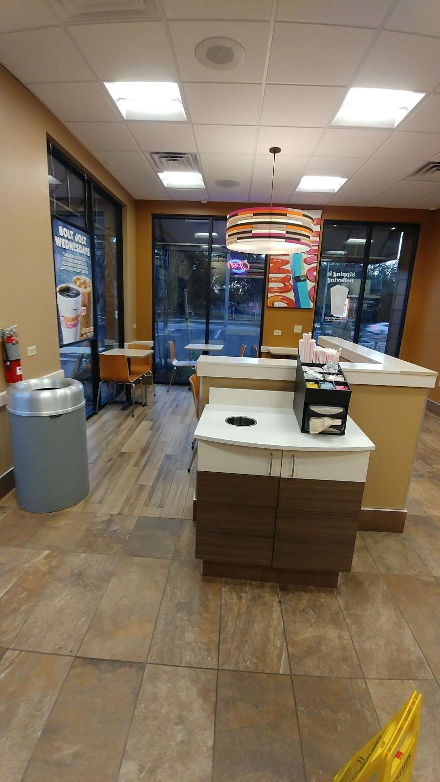 Dunkin's donuts - cafe  | Photo 3 of 7 | Address: 3011 Cathy Street, Florida 32839, USA