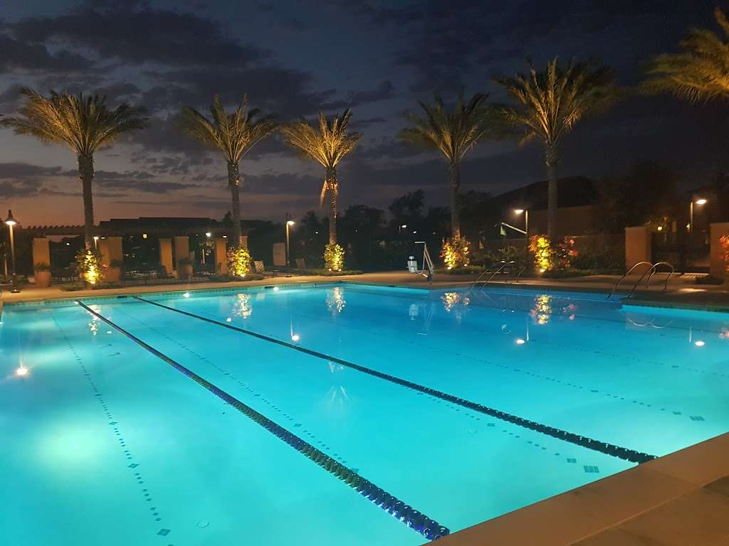 Village Square Park - park  | Photo 9 of 10 | Address: 130 Outwest, Irvine, CA 92618, USA