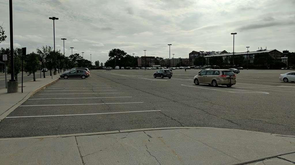 County Rd 612 Parking - parking  | Photo 3 of 5 | Address: County Rd 612, Jersey City, NJ 07302, USA