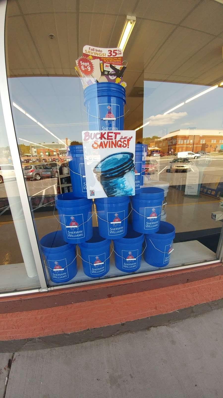 Sherwin-Williams Paint Store - home goods store  | Photo 5 of 7 | Address: 606A E Main St, Waynesboro, PA 17268, USA | Phone: (717) 762-3913