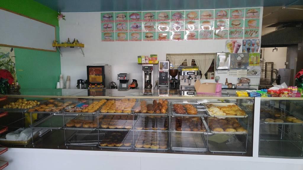 Newark Donuts - bakery  | Photo 3 of 5 | Address: 36601 Newark Blvd #15, Newark, CA 94560, USA | Phone: (415) 656-3623