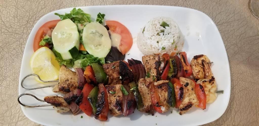 El Paraiso Restaurant - restaurant  | Photo 4 of 10 | Address: 6515 New Hampshire Ave, Takoma Park, MD 20912, USA | Phone: (301) 270-1190