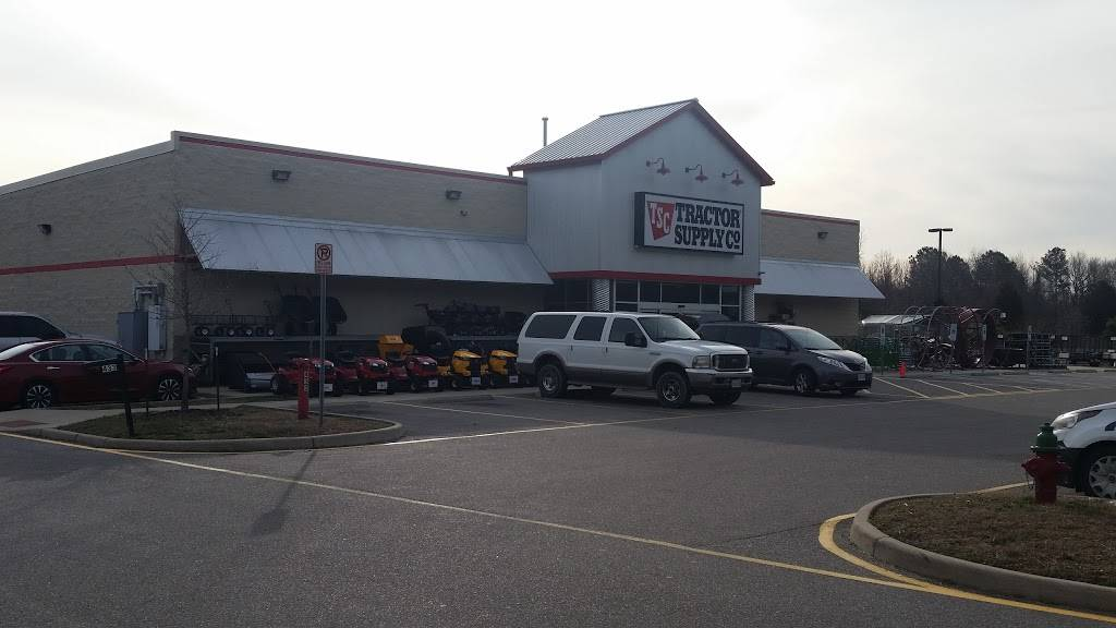 Tractor Supply Co. - hardware store  | Photo 9 of 9 | Address: 433 Centerville Turnpike S, Chesapeake, VA 23322, USA | Phone: (757) 482-0100