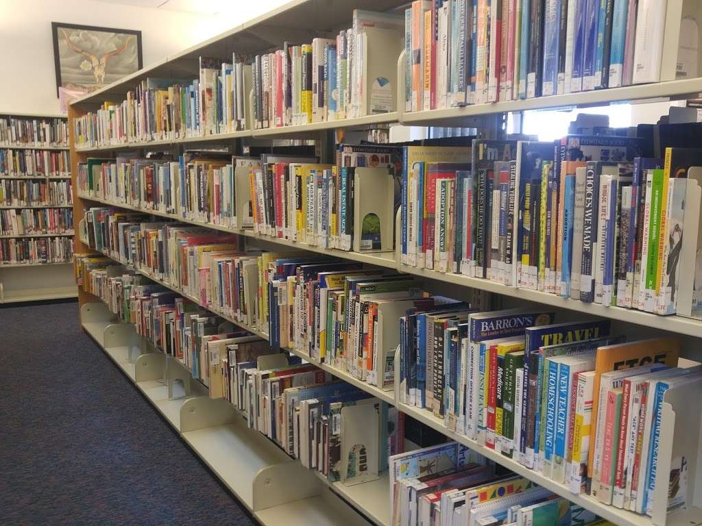 Carver Ranches Library - library  | Photo 1 of 10 | Address: 4735 SW 18th St, West Park, FL 33023, USA | Phone: (954) 357-6245