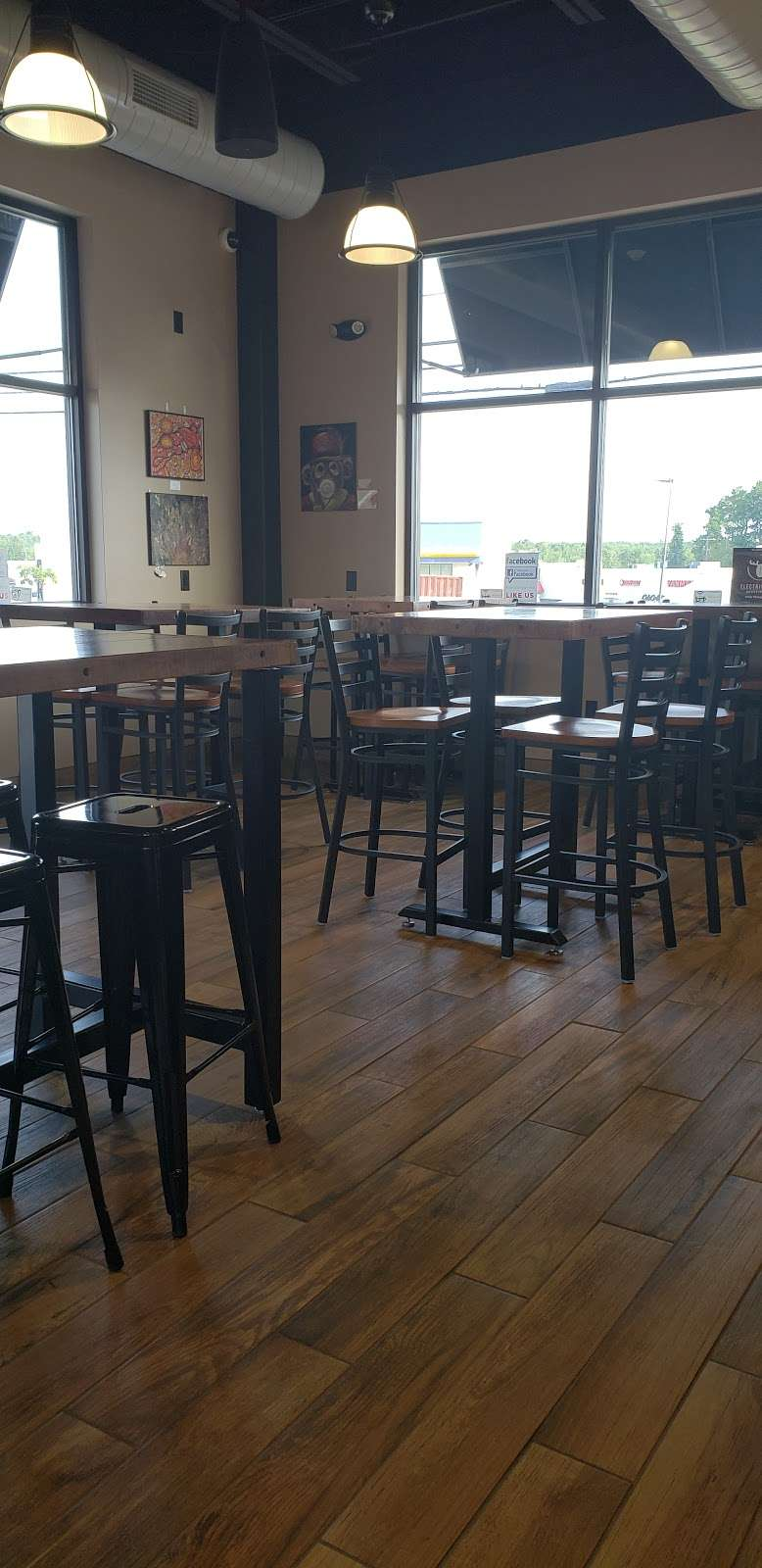 Kays Daily Grind - cafe  | Photo 5 of 10 | Address: 480 Daleville Hwy, Covington Township, PA 18444, USA | Phone: (570) 843-6271