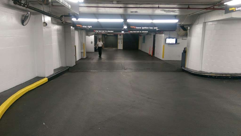 Icon Parking - parking  | Photo 1 of 4 | Address: 350 W 42nd St, New York, NY 10036, USA | Phone: (212) 594-4546