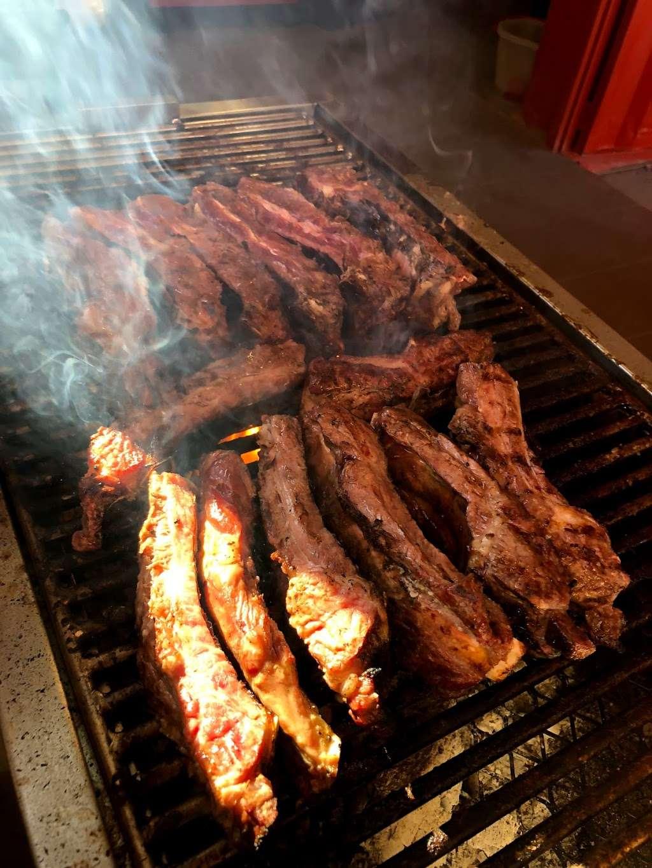 Ta'Karbon Taquería Otay - restaurant    Photo 8 of 10   Address: Avenida, Instituto Politécnico Nacional, Campos Deportivos, Garita de Otay, 22430 Tijuana, B.C., Mexico   Phone: 664 378 1281