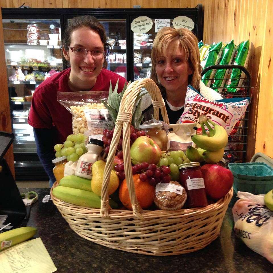 Harvest Lane Farm - bakery  | Photo 10 of 10 | Address: 851 E Oregon Rd, Lititz, PA 17543, USA | Phone: (717) 560-6219
