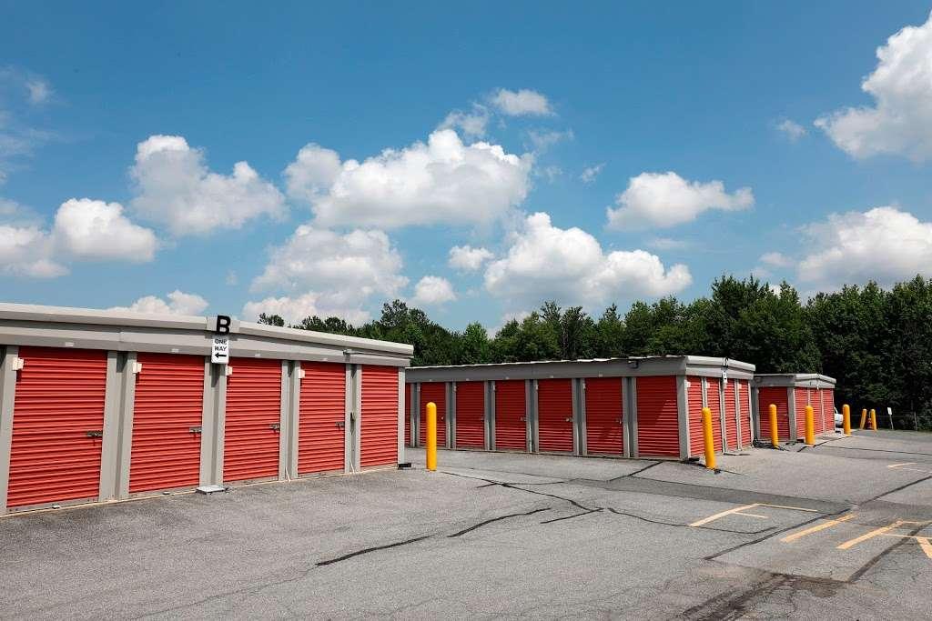 Storage Rentals of America - storage  | Photo 5 of 10 | Address: 100 E Scotland Dr, Bear, DE 19701, USA | Phone: (302) 786-0796
