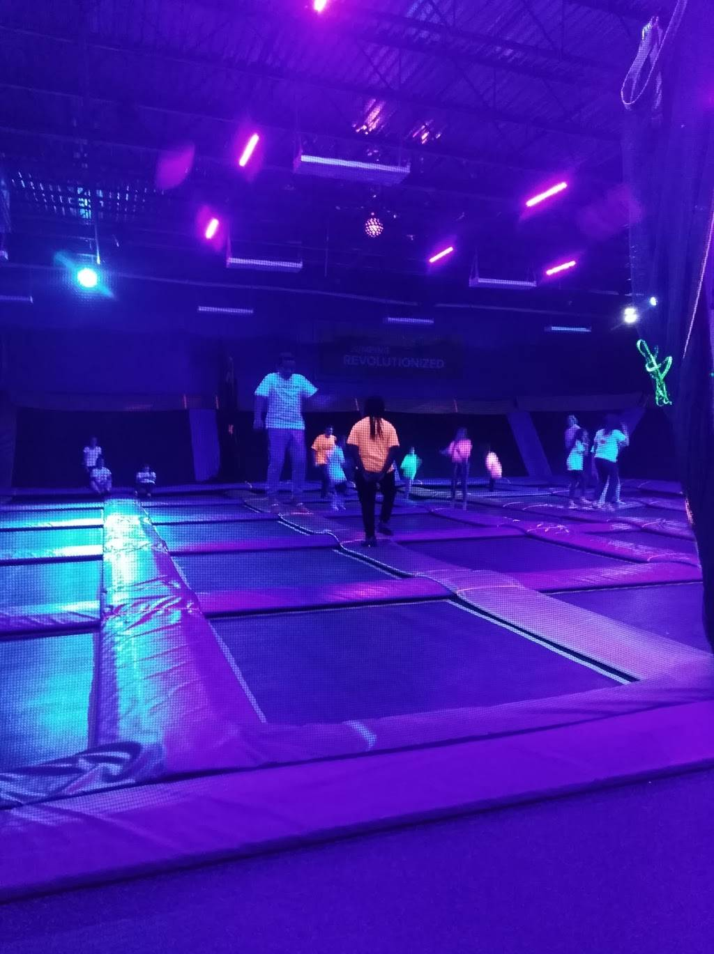 Sky Zone Trampoline Park - amusement park  | Photo 2 of 10 | Address: 1572-A, Highwoods Blvd, Greensboro, NC 27410, USA | Phone: (336) 550-1800