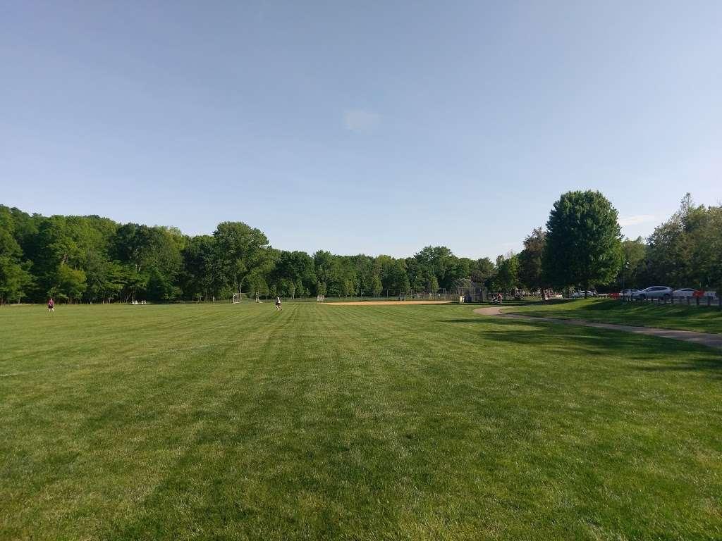 Lions Park - park  | Photo 6 of 10 | Address: 236-, 240 Lake St, Upper Saddle River, NJ 07458, USA